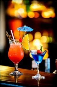 Palm-Garden-contino-bar