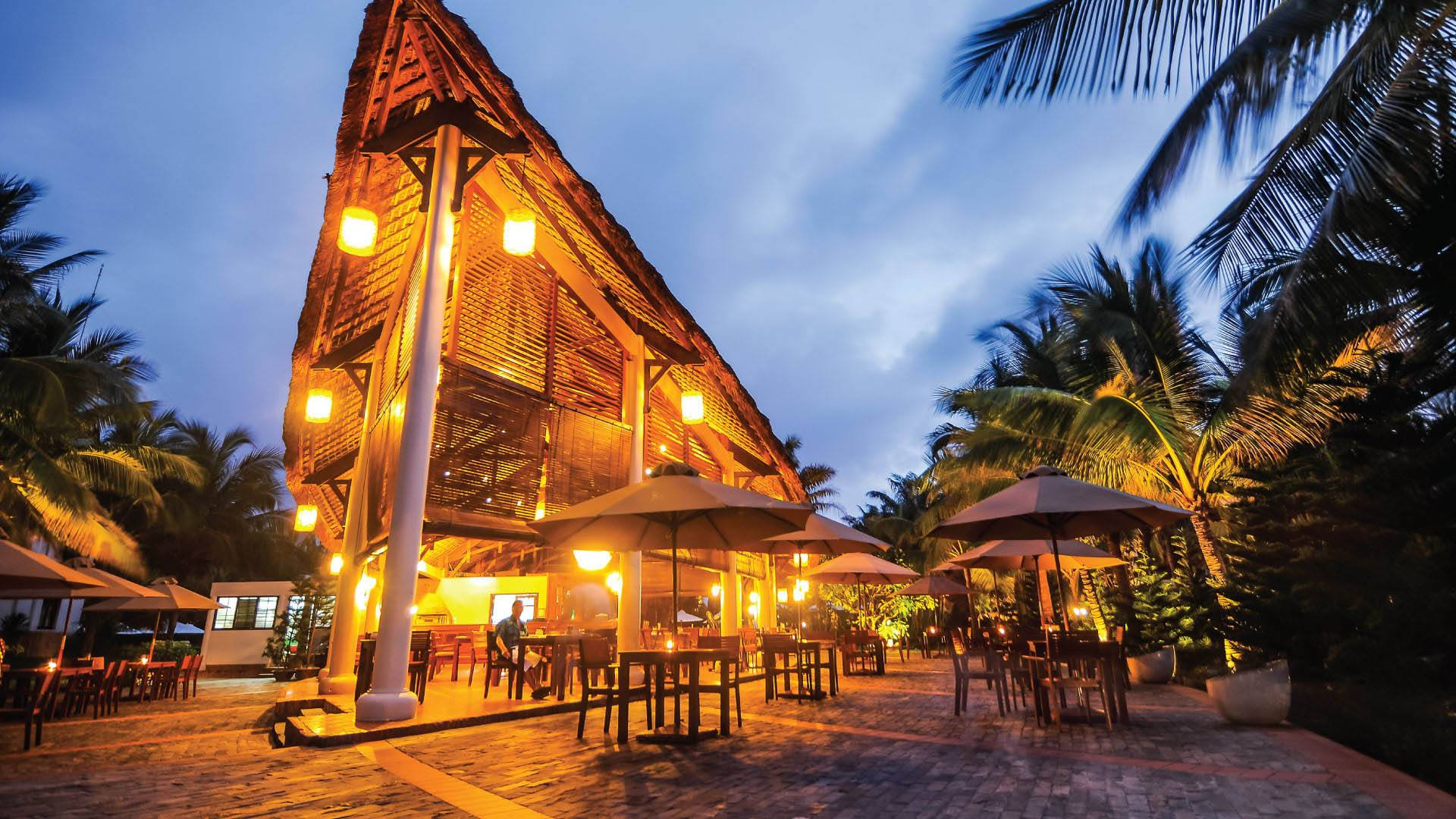 palm_garden_beach_resort_spa_hoi_an_colibri_restaurant