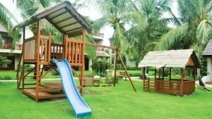 palm_garden_beach_resort_spa_hoi_an_playground