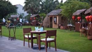 palm_garden_beach_resort_spa_hoi_an_themed_dinner