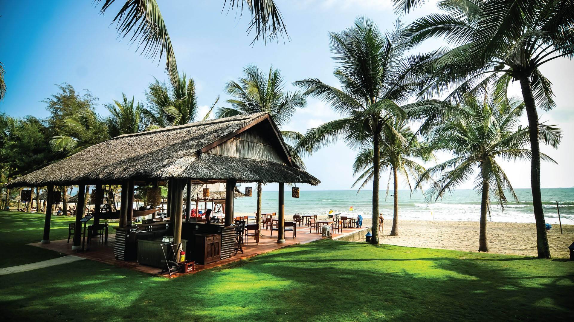Palm Garden Beach Resort Hoi An Spa Front